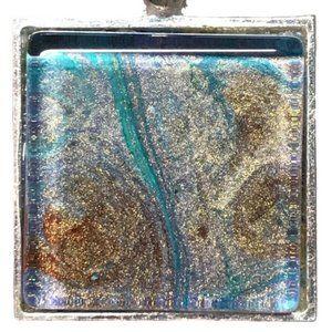 NWOT Wearable Art Necklace, Fluid Art Pendant